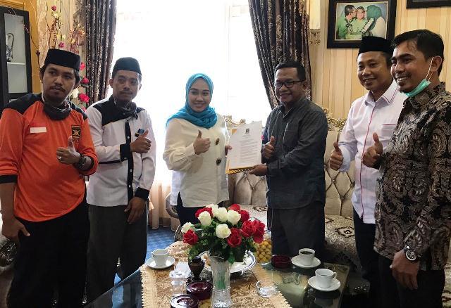 PKS Resmi Usung Sutinah-Ado di Pilkada Mamuju