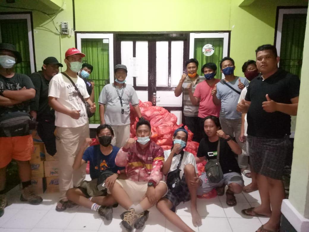 Comunitas Relawan Toraja ke Majene Bawa Bantuan untuk Pengungsi